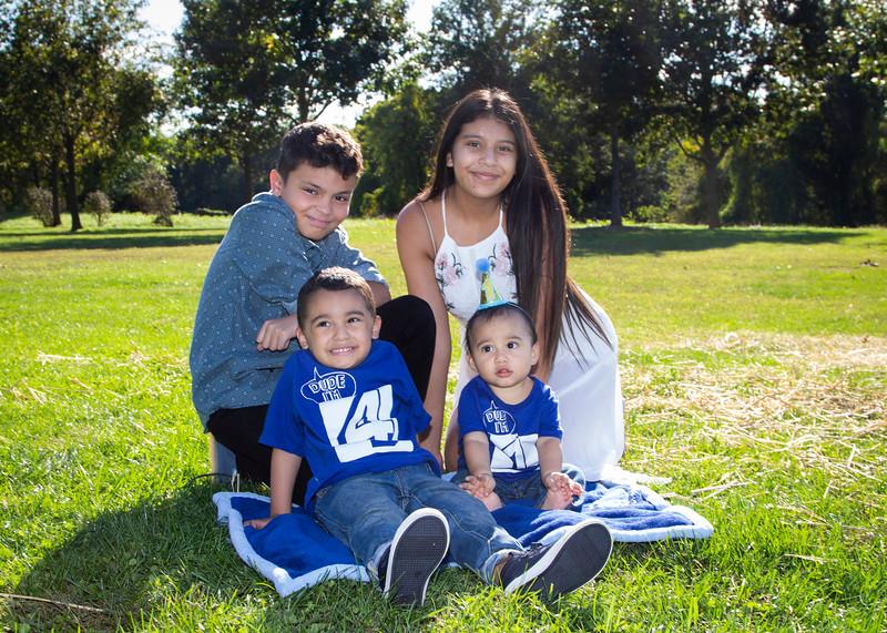 2020 10 Jose and Susanah Family _MG_069056.jpg