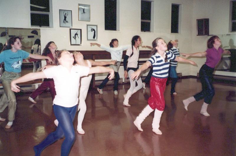 Dance_1656_a.jpg