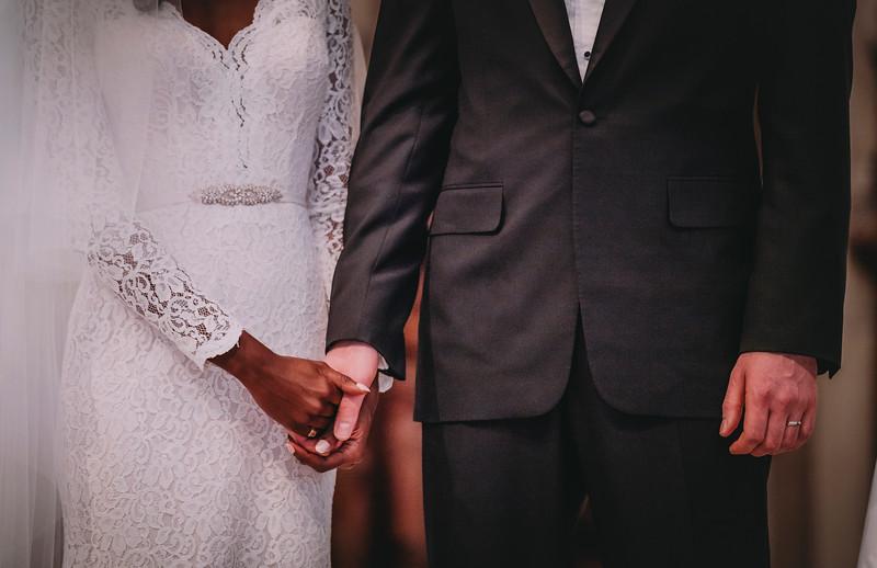 Montreal Wedding Photographer   Wedding Photography + Videography   Ritz Carlton Montreal   Lindsay Muciy Photography Video  2018_560.jpg