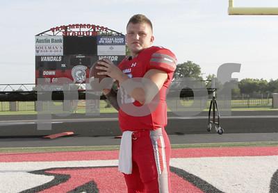 van-quarterback-garrett-moseley-a-special-player-for-vandals