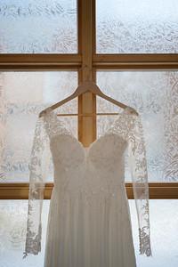 Kerri + AJ | Green Bay Wedding Photography