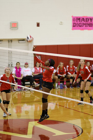 2016_10_ 21 Dig Pink vs. Georgetown Visitation