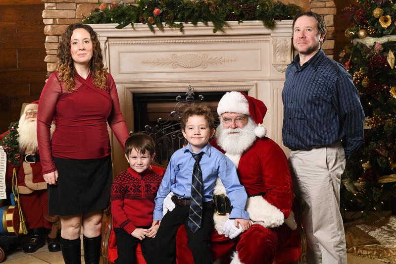 Santa2018.TylerBoye.-191.jpg