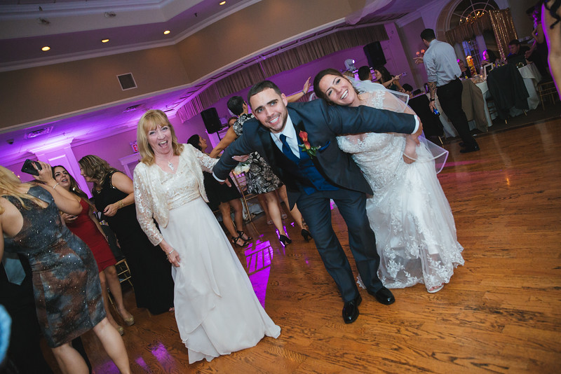 1313_loriann_chris_new_York_wedding _photography_readytogo.nyc-.jpg