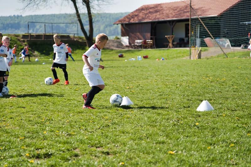 hsv-fussballschule---wochendendcamp-hannm-am-22-und-23042019-w-4_40764453603_o.jpg