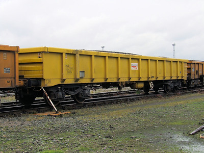 MLA - Bogie Low Sided Open Ballast Wagon