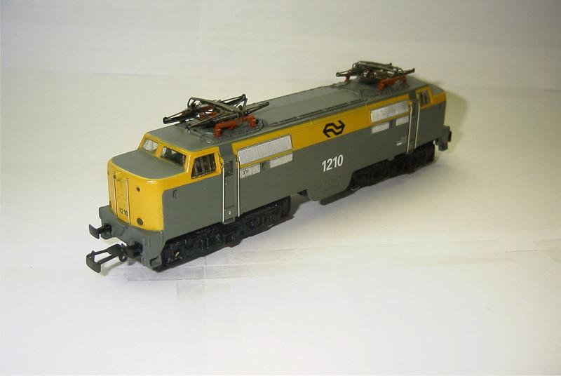 3055.6x NS 1210 schuin.JPG