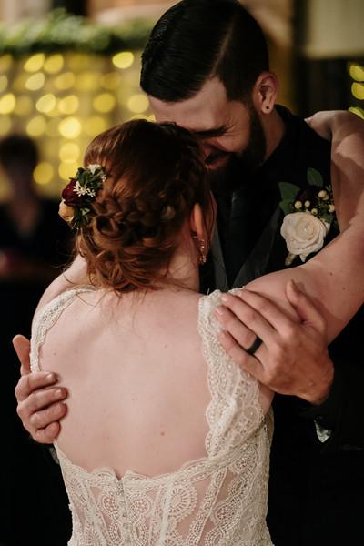 rustic_ohio__fall_barn_wedding-381.jpg