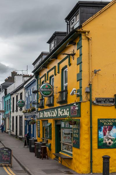 Bar, Dingle, Dingle Peninsula, County Kerry, Republic of Ireland