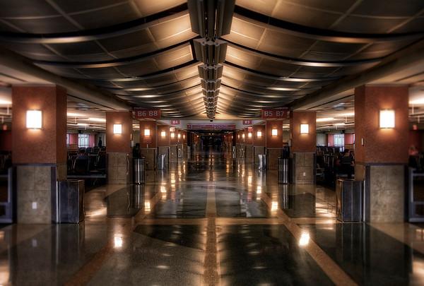 Blue Grass Airport_tonemapped.jpg