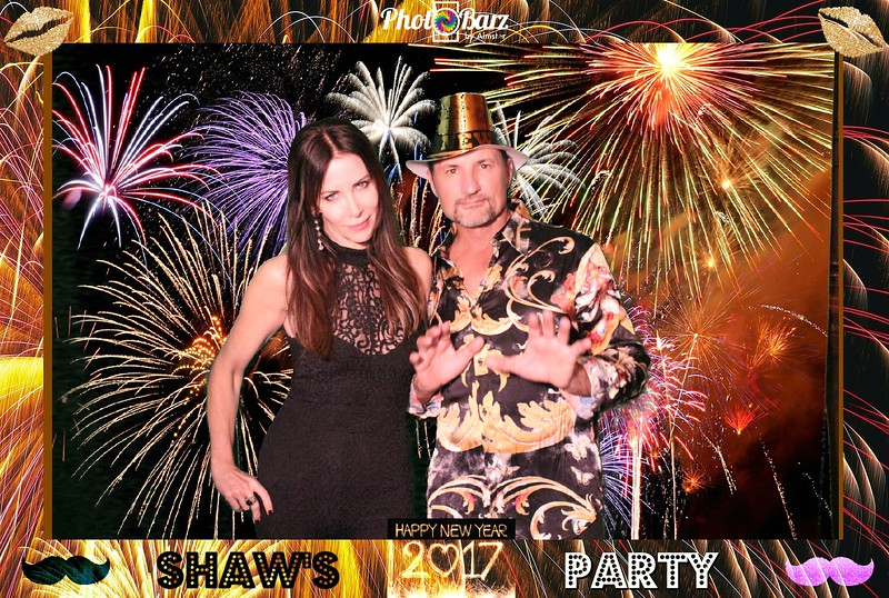 Shaws NYDay Party (31).jpg
