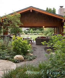 Pat A's Craftsman's garden
