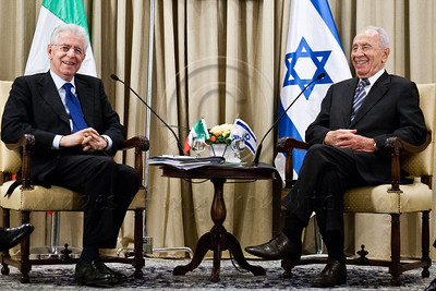 20121025 Israeli President Peres meets Italian Prime Minister Monti