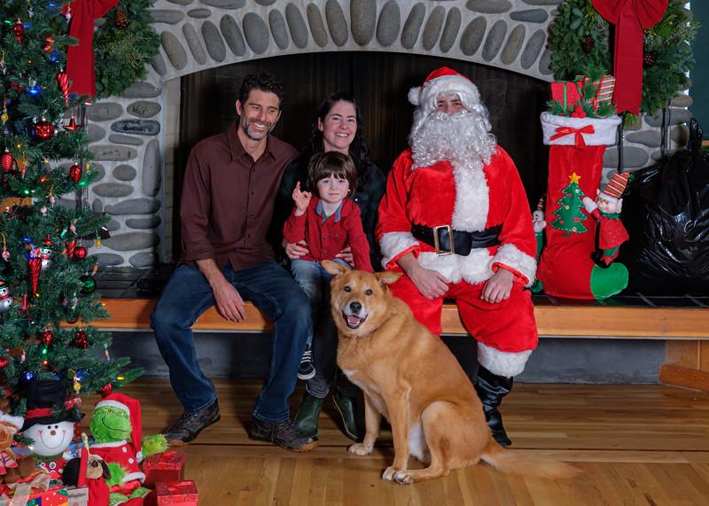 CB Santa 2019-7759.jpg