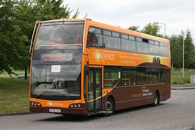 8101, HF08TKX, Go-South Coast, Beehive Park & Ride Roundabout, A345.