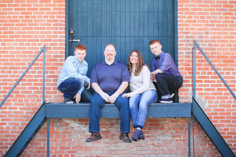 THE BUHLER FAMILY-10.JPG