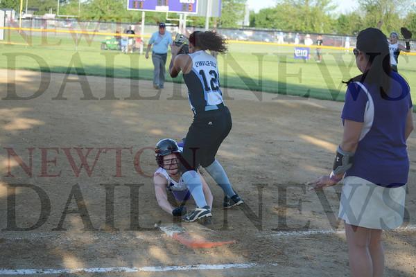 Baxter vs. Lynnville-Sully Softball 5-30-19