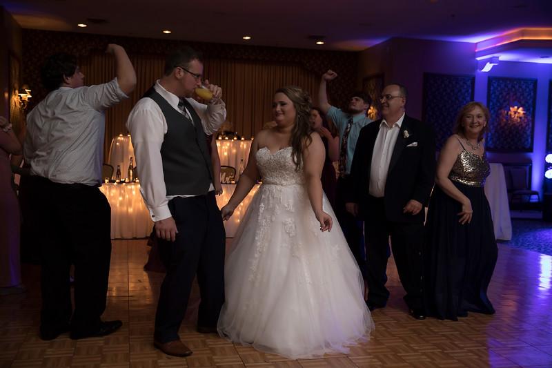 Amanda & Tyler Wedding 1016.jpg
