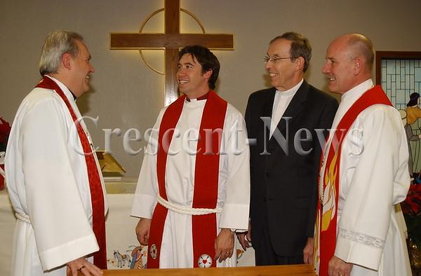 01-04-15 NEWS Pastor Lee Genter