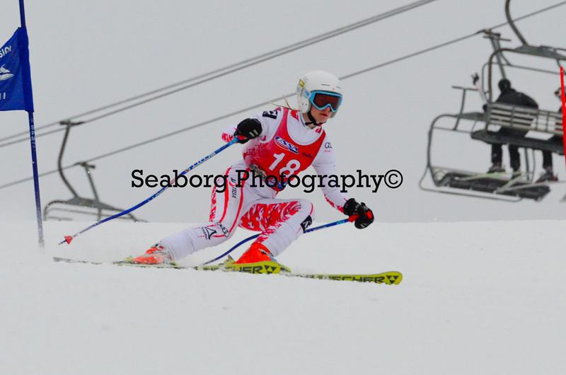 GS 1st race U16 Girls & Older 1st run-9555.jpg
