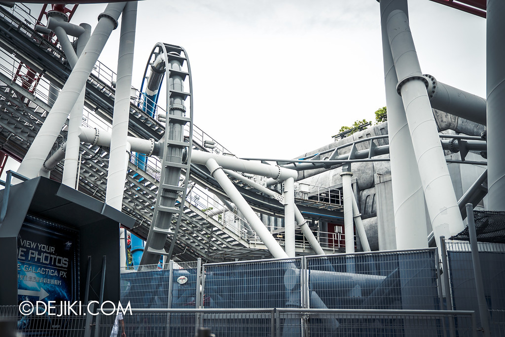 Universal Studios Singapore - Park Update September 2016 / Battlestar Galactica turning grey