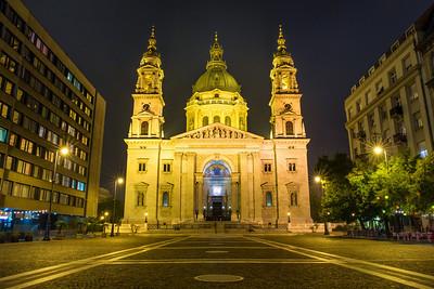 Budapest St Stephens Basilica  (night)