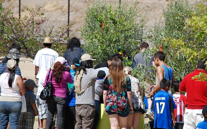 EarthDayLatino_FloraPlanting_2011--04-15_21.JPG