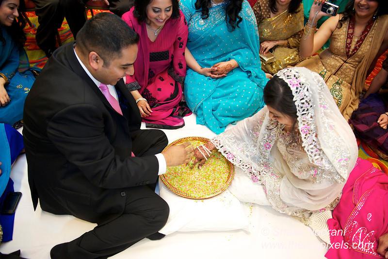Naziya-Wedding-2013-06-08-01892.JPG