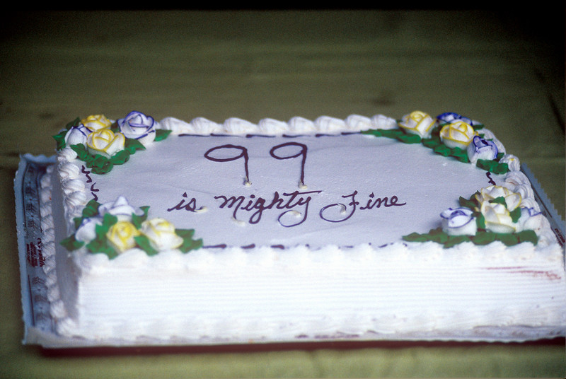 1991-06 Gram's 99th Birthday Cake.jpg