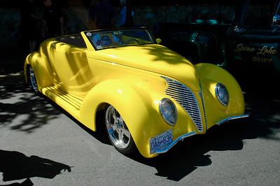 Oak Bay Collector Car Show - 1939 Ford V8