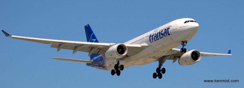 Air Transat A332 C-GITS