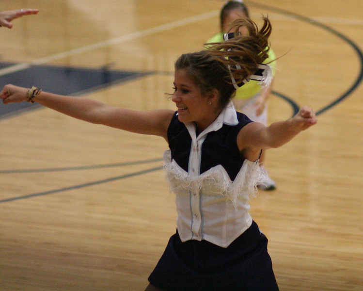 KHS Cheer Clinic 098.JPG