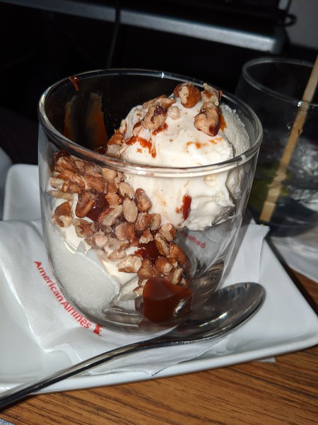 In-flight sundae