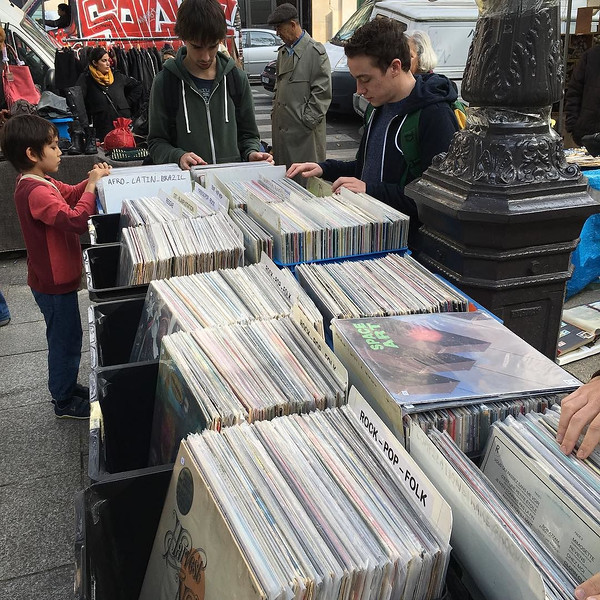 At_a_flea_market_in_Paris._I_wonder_if_there_are_any_Bong_Load_records_in_the_bins__fleamarket__swapmeet__digforgold__dustybins__rarerecords__vinyl__paris__lemarais__bongload__bongloadrecords__rockpopfolk_by_bongloadcustomrecords.jpg