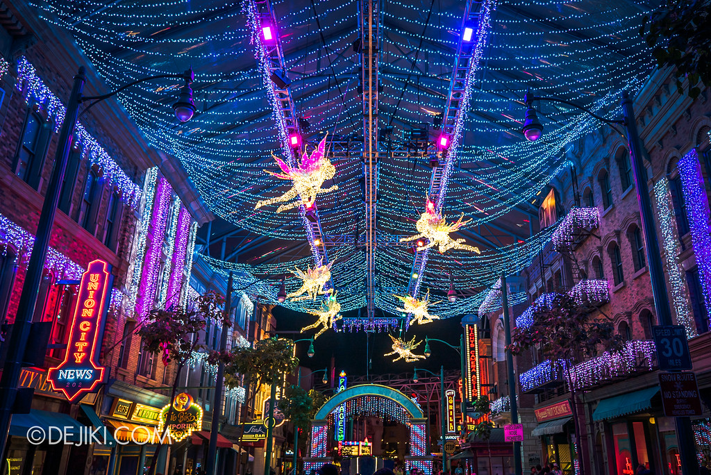 Universal Studios Singapore - A Universal Christmas event 2017 / World of Stars Fairies and Lights