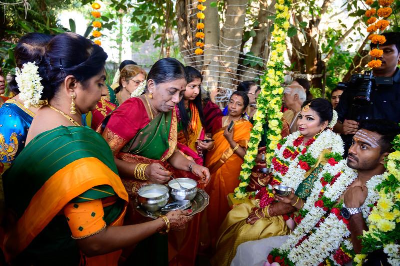 2019-12-Ganesh+Supriya-5513.jpg