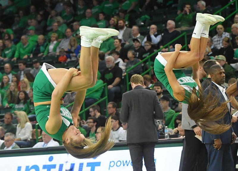 cheerleaders0867.jpg