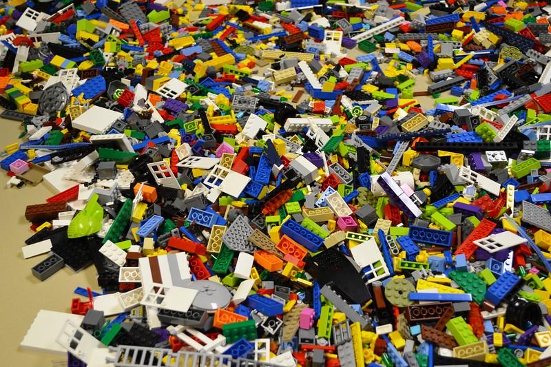 Lego Sculpture Art #1.jpg