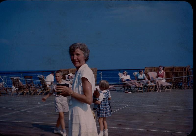 1950 08 Queen of Bermuda 2.jpg