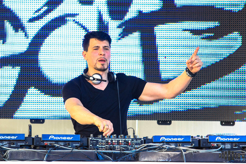 ThomasGold_Intervention_Fixation-52.jpg