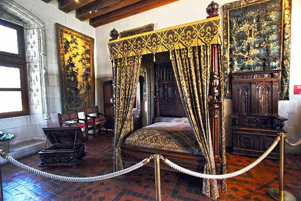 Slideshow - Loire Valley, Amboise Chateau Royal
