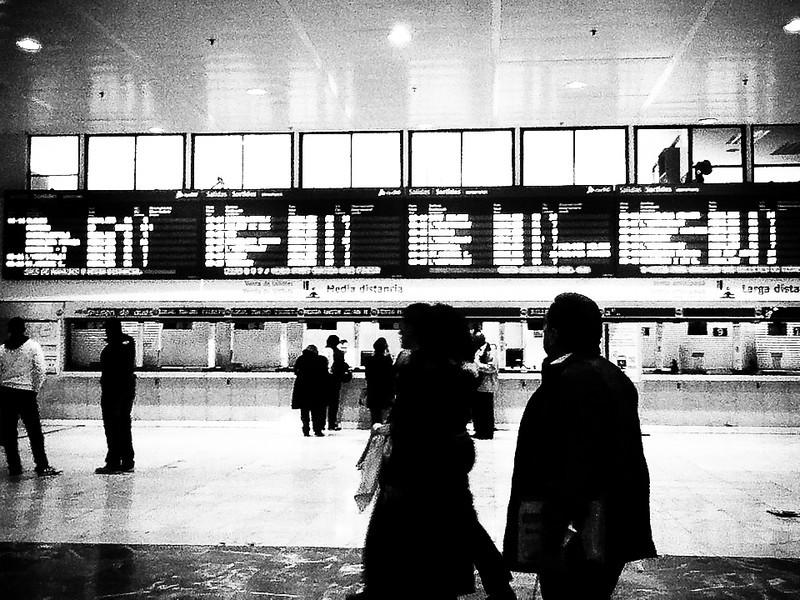 barcelona train statiom.jpg