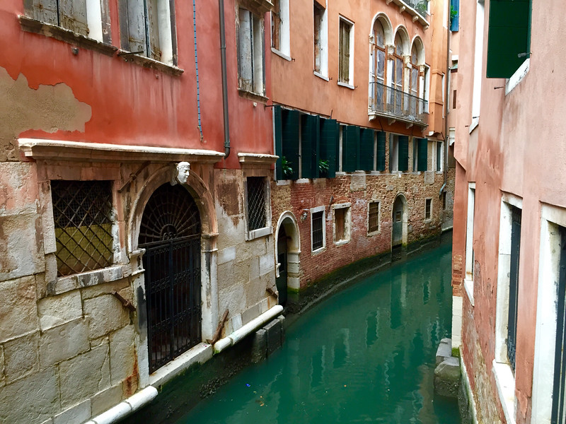 Rio de la Vesta canal. Venice