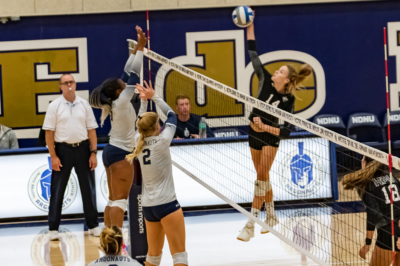 HPU vs NDNU Volleyball-71681.jpg