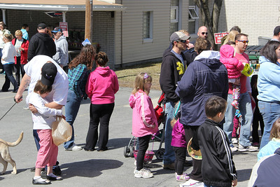 Community Egg Hunt, Coaldale Road and Gun Club, Coaldale (3-30-2013)