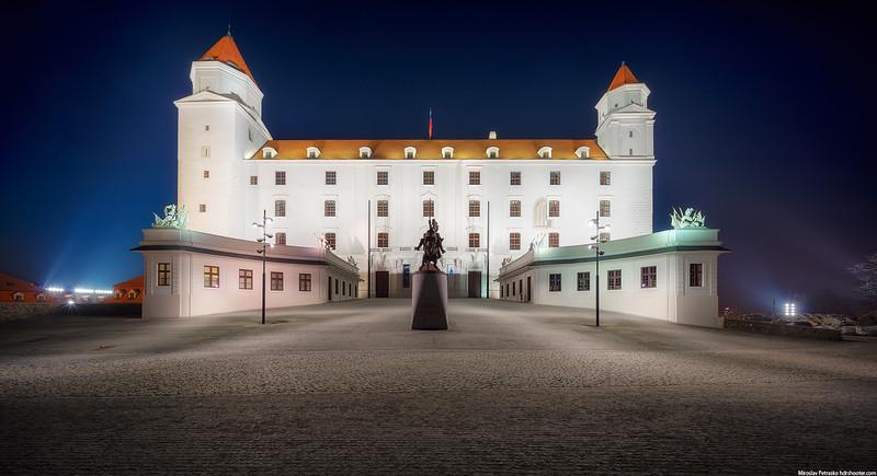 Bratislava_DSC5212-Pano-web.jpg