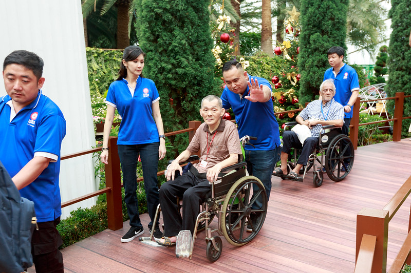 VividSnaps-Extra-Space-Volunteer-Session-with-the-Elderly-038.jpg