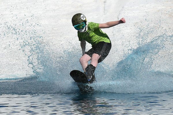 2019 Whitetail Pond Skimming