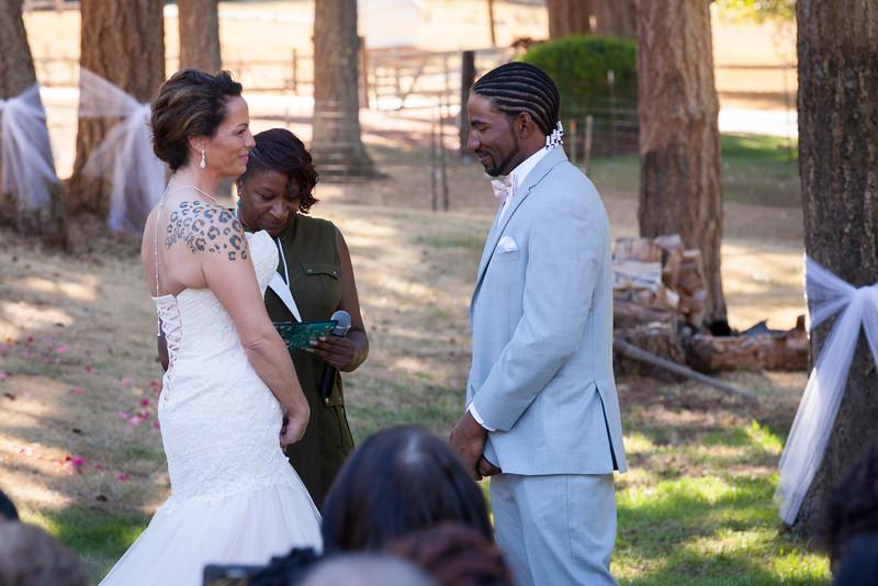 ALoraePhotography_Kristy&Bennie_Wedding_20150718_397.jpg