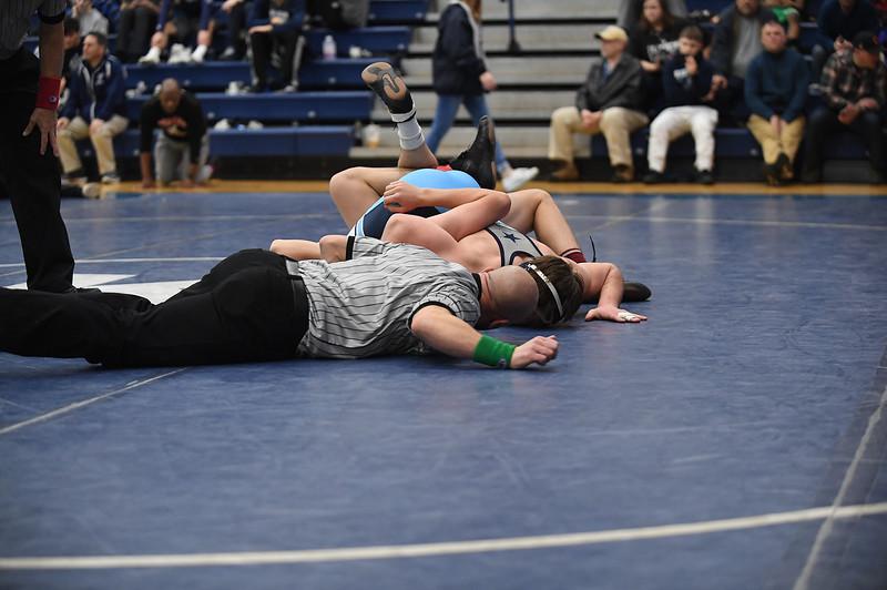 wrestling_2809.jpg